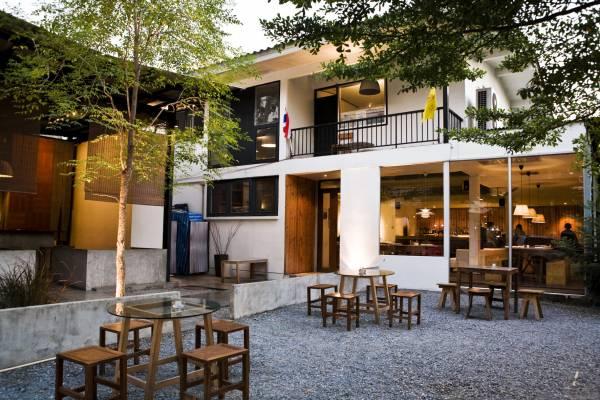 The exterior of PlaDib restaurant