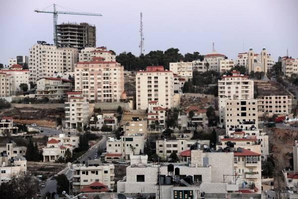 Cranes over Ramallah