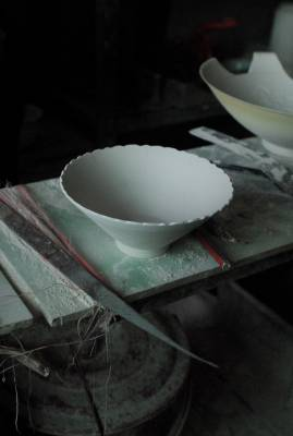 Porcelain bowl in Jingdezhen factory
