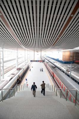 Sanya's new train station