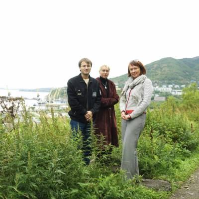 Tatyana Mikhailova (right) and colleagues