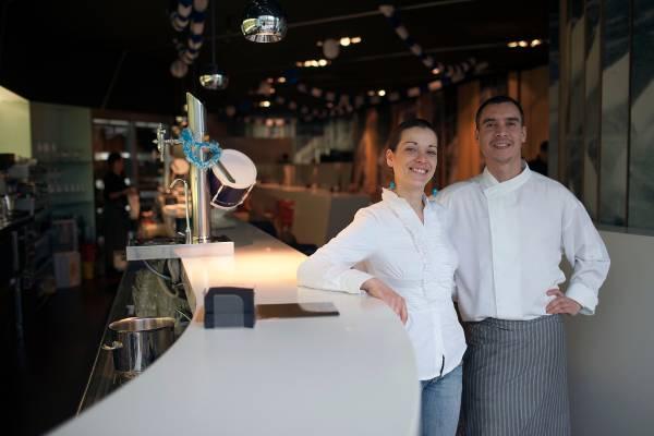Carmen de Isla Torres and Eugenio Rafel Quijada at Viento Sur