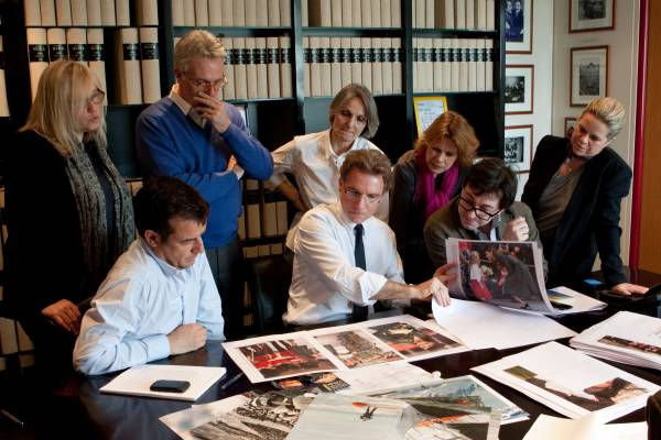 Olivier Royant and section editors deciding on the latest layout