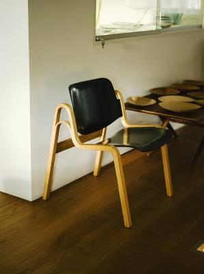 Wilhelmiina chair by Ilmari Tapiovaara for Asko (1959), now manufactured by Artek
