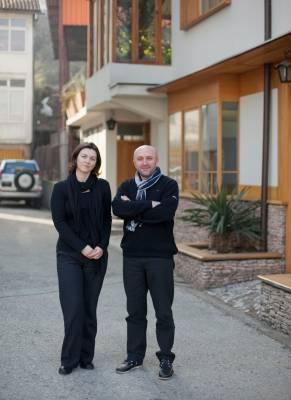 Jasna Mujkic and Salih Teskeredzic from the Sarajevo Academy of Fine Art
