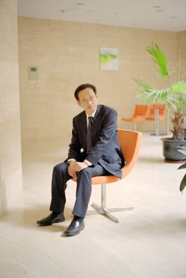 Neusoft's Jeff Zhu returned to Dalian after 18 years in the US