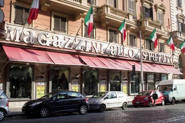 Department store, Magazzini allo Statuto