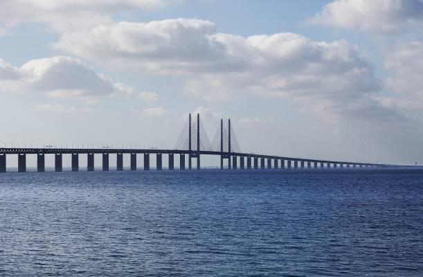 The Øresund bridge seen from Malmö side