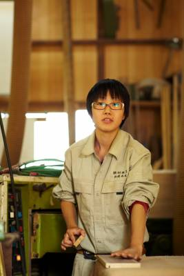 Apprentice at Akiyama Mokko, Yokohama