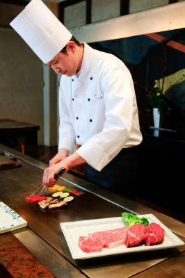 Teppanyaki chef Tomiyuki Kohada at Morishima