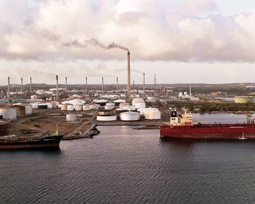 Oil refinery, port of Willemstad