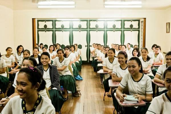 Punlaan pupils enjoying a class