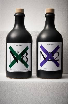 Pelikamo - Whisky and gin