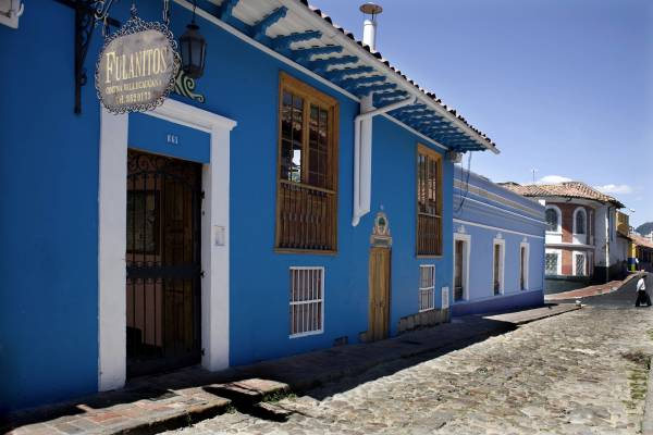 Colourful houses in Carrera 2