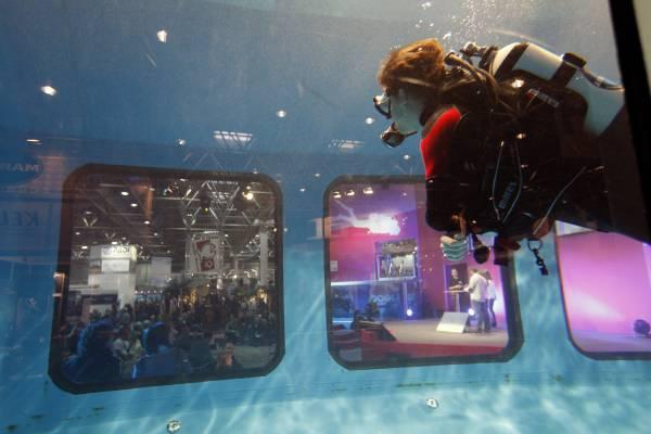 Underwater view of Boot Düsseldorf