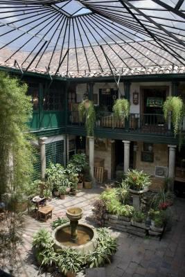 Courtyard at Jaime Botero antique shop