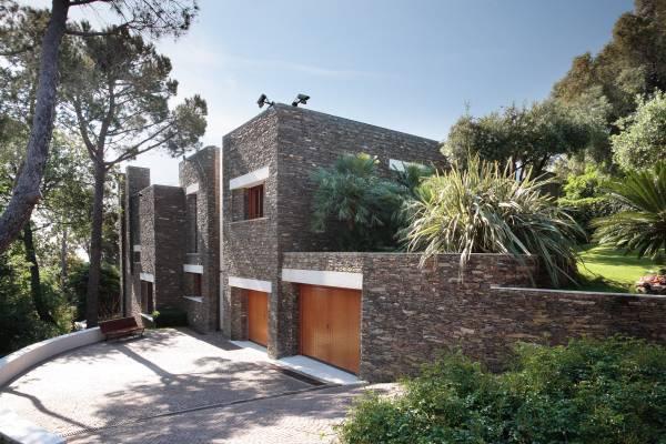 No. 34: A classic summer villa
