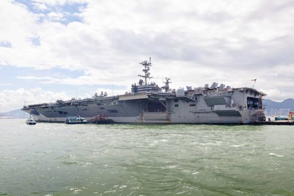 The supercarrier in Victoria Harbour