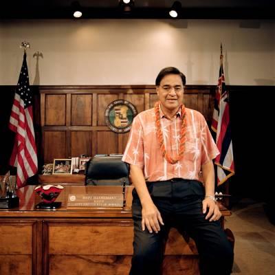 Mayor Mufi Hannemann in his office