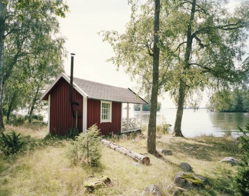 The sauna by the lake