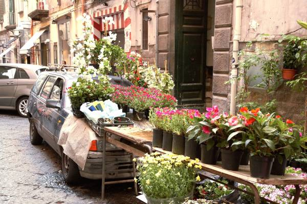 Flower stand, Quartiere Chiaia