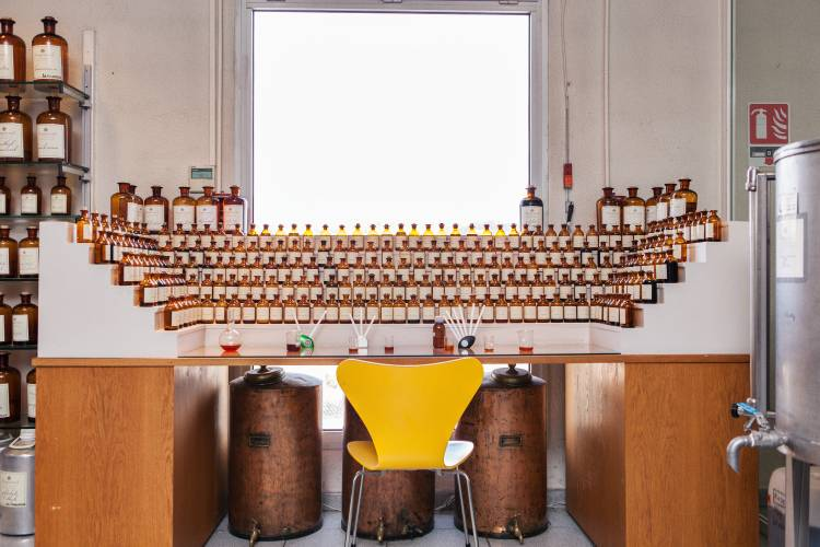 A 'perfume organ' at Parfumerie Fragonard