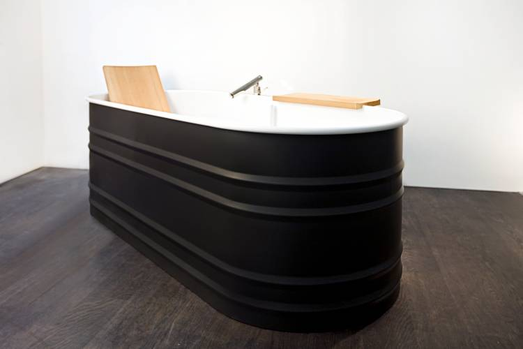 No. 22: An Agape bathtub