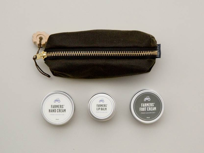 Farmers' x Monocle travel kit